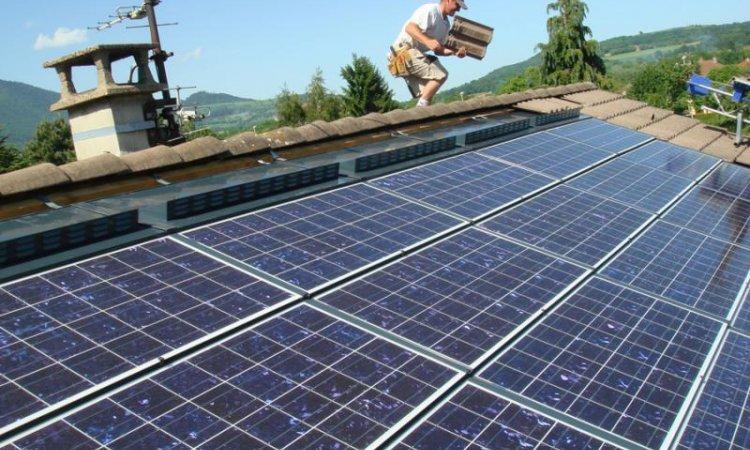 Solutions Soleil Énergie Tuiles photovoltaïques Bourg-en-Bresse